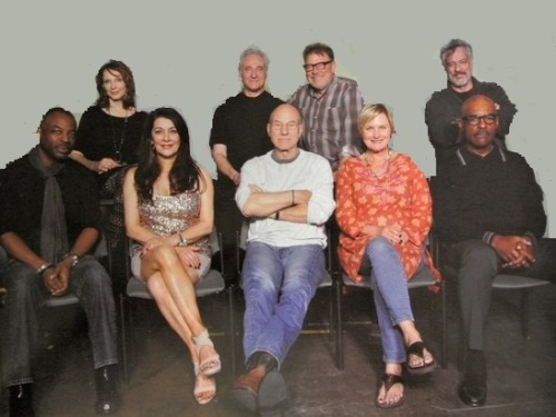 TNG Reunion MegaCon Orlando Florida Cast and a few extras!
