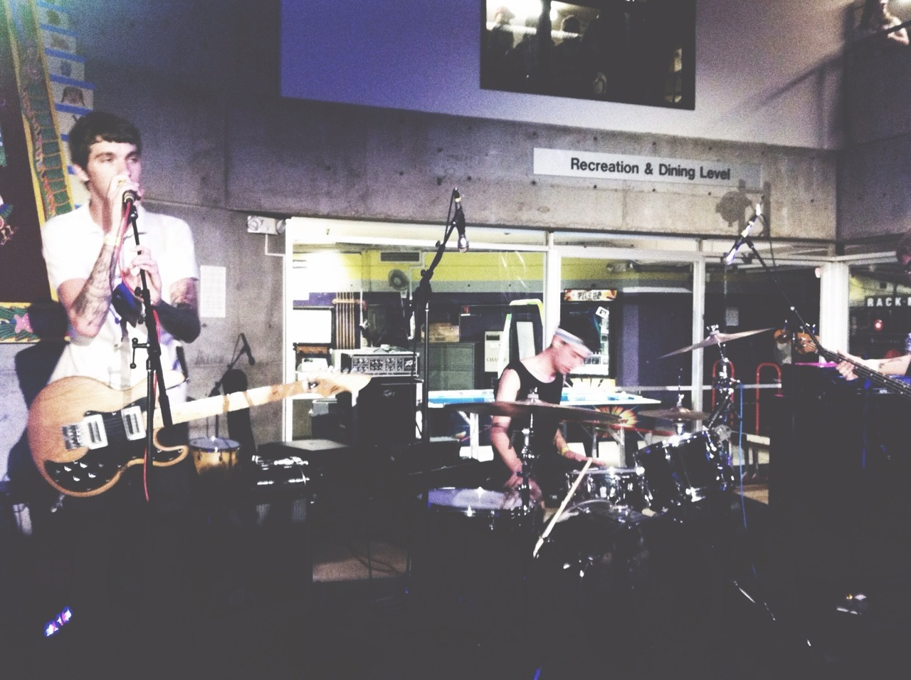 rohnertxpark:  Photo I got tonight of Joyce Manor at SFSU