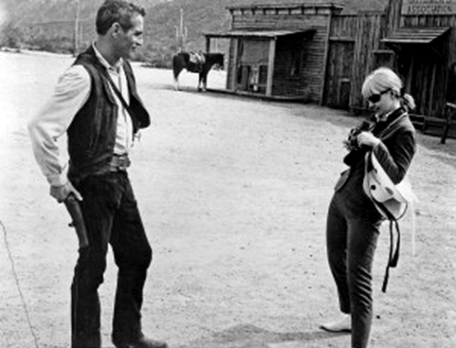 "mudwerks:  (via Feb. 27: Today in Arizona history)  Paul Newman, left, has his photo taken by his wife Joanne Woodward, during a break in filming of ""Hombre"" in 1966 at Old Tucson."
