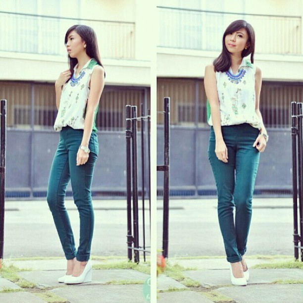 @gillianuang looking fresh with her KARINE PUMPS! P1,795.00 FREE shipping nationwide! 😊 Text/viber 09175070585 or email sales@golddot.com.ph to order! 💋