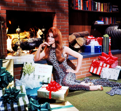 vintagegal:   Ann-Margret c. 1960's  #serving