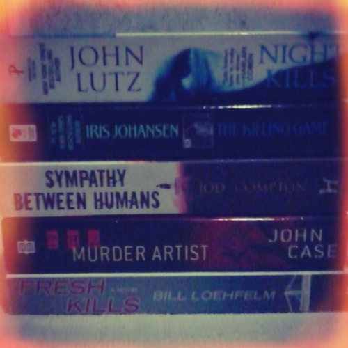 just got home. bought some books from Fully Booked BGC. the books were on sale. i got these five for 300 :D