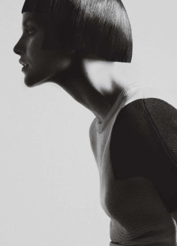 "l-acus:  ginta lapina in ""espiritu geometrico"" by txema yeste for harper's bazaar spain."