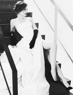 photoshoot Emma Watson 2013 marie claire joedit god dammit UGH I need all of these photos in hq plz