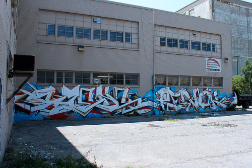 Detroit Graffiti on Flickr.Omens and Revok graffiti pieces in Detroit, Michigan. - Snake Oil Salesman