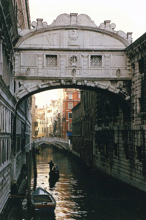 Venice - Bridge of Sighs (di WVJazzman)