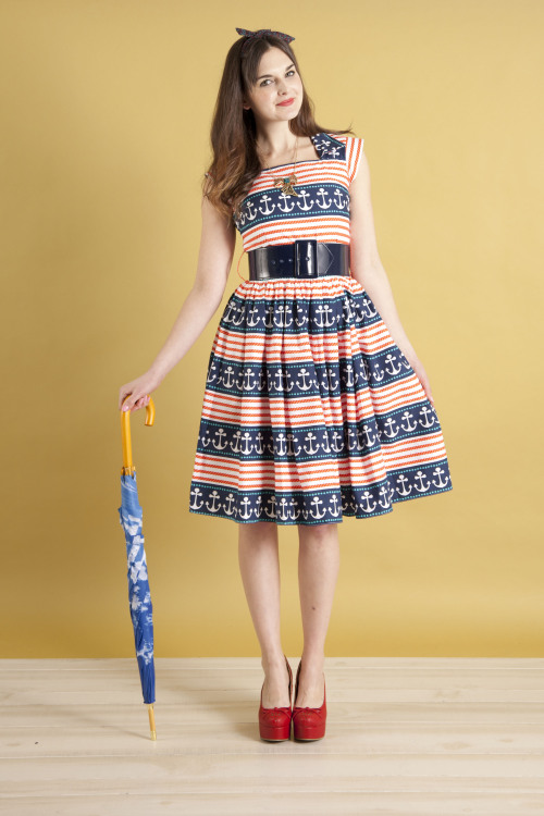modcloth:  Need the perfect frock and umbrella for the coming season? Check out our adorable Spring Trends category!  <3 Amy, ModStylist Need styling suggestions, trend tips, or dress details? Ask a ModStylist and your question might be featured on our feed!