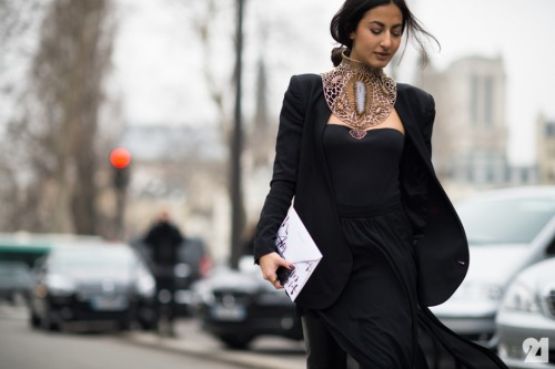 exhalevogue:  Paris Street Style