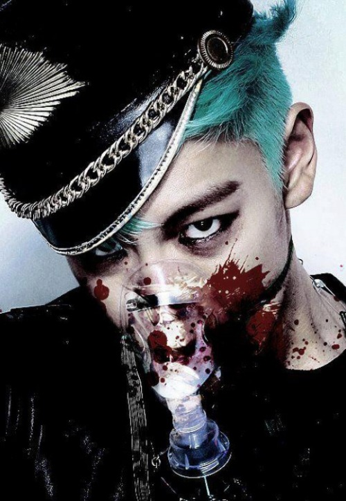 fuzzies-with-moustaches:  Even covered in blood, TOP is still the sexiest man in the world! <3 xxx