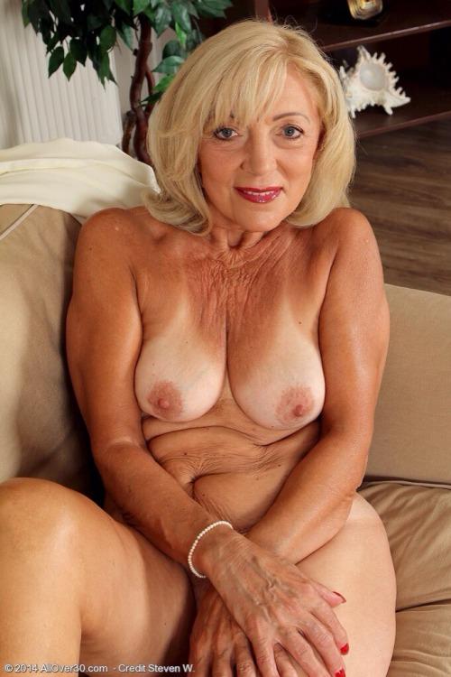 Women mature naked Sexy Mature