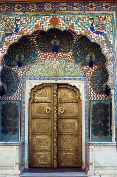 lebluegrass:  Peacock Gate at City Palace, Jaipur in India. Photo by Payal Jhaveri.