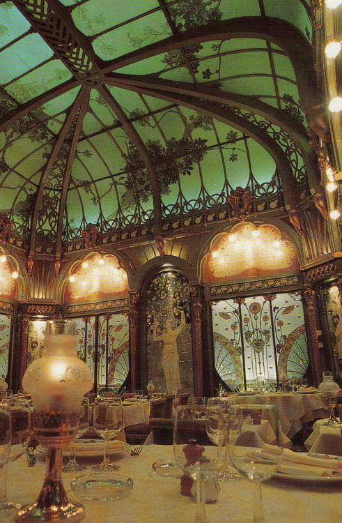 Art Nouveau Restaurant in l'hôtel langham | Paris - France Yvette Gauthier