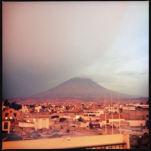 This is NOT Fuji!  #arequipa #peru #fuji #mountain #sunset #sunsets #quite #clouds #soft #tones #horizon #pov #pink #purple #evening #rooftops