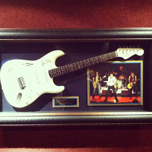 One of the greatest bands in #history.. The Rolling Stones signed guitar at the Royal Hawaiian Center.. #music #rock #rocknroll #greats #classic #rollingstones