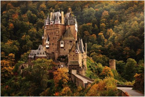 Eltz Castle, Germany by Uwe Muller