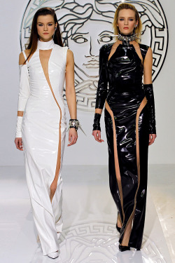 agoldenpath:  Versace Fall 2013Versace is still Versace in the best ways possible