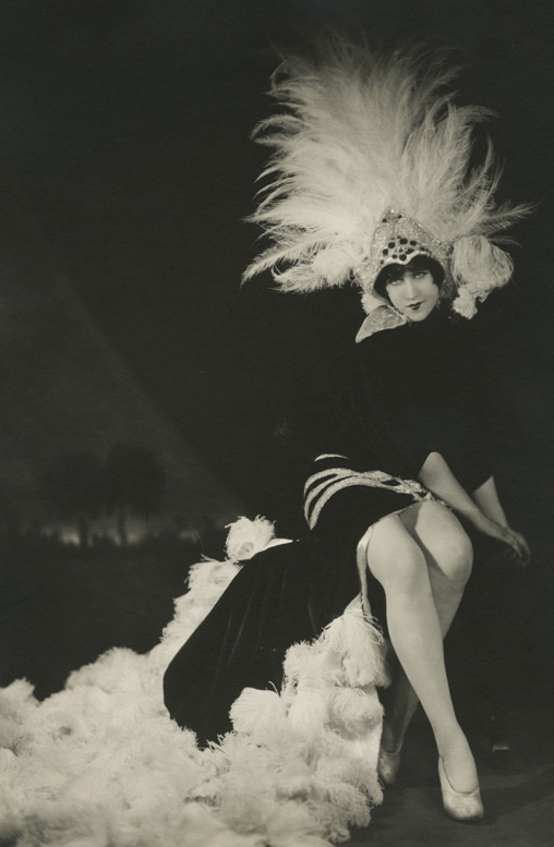 maudelynn:  Mistinguett in the Folies Bergere  by Herbert Mitchell