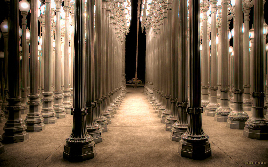 afineandprivateplace:  LACMA at Night By S.J. Pettersson