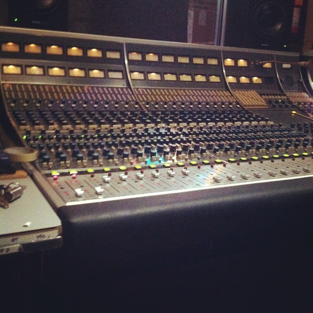 Vintage #neve 8058 at #loovemusic @rupert_Neve #dreamgear