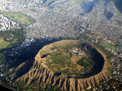 Diamond Head from Sky (by (^_~) [MARK'N MARKUS] (~_^))