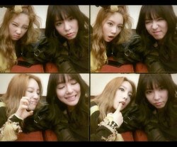 Girls' Generation's Taeyeon and Tiffany