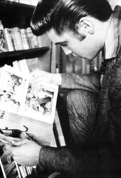 theniftyfifties:  Elvis Presley  <3 Elvis