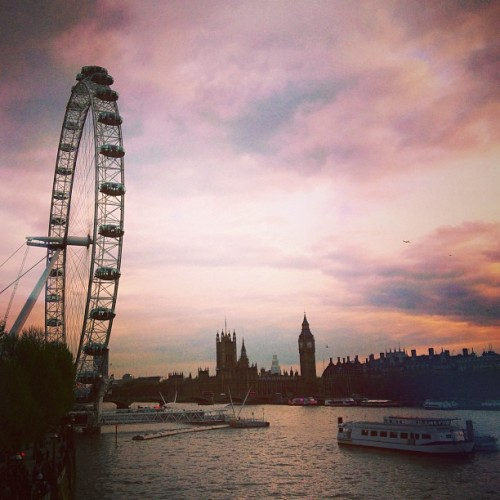 finnharries:  Hello beautiful London!  My home away from home