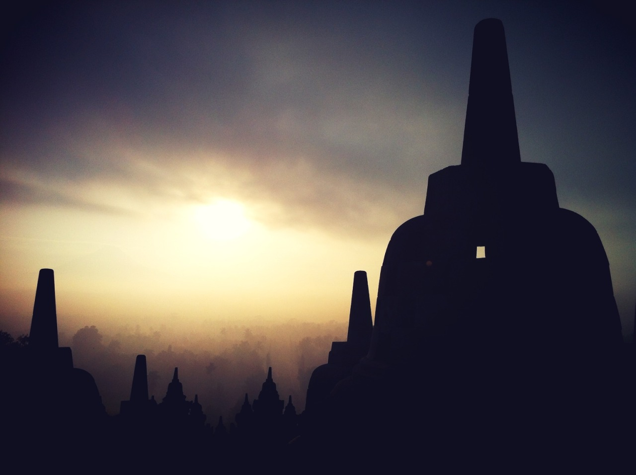 Pagi..:) at Candi Borobudur – View on Path.