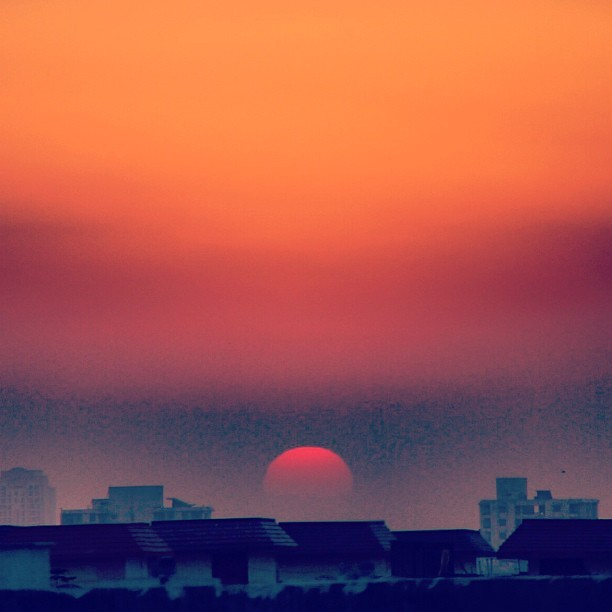 Sunset in #Gurgaon. #sunset #sun #sky #orange #yellow #nature #naturehippys #naturewhisperers #nature_obsession_landscapes #iclandscapes #landscape #landscapelovers #dawn #dark #night #india #instanature #summer #summer2013 #beautiful #love #trippy