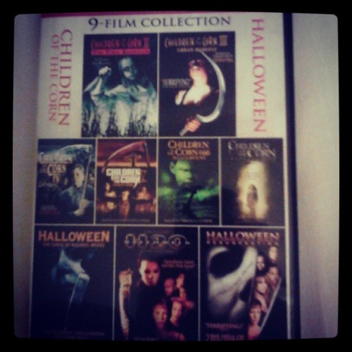 9 #movies for 5 #bux ? Don't mind if I do.. #Halloween #michaelmyers #childrenofthecorn #Walmart #Awsome #horrormovies #horrorfan #horror #serialkiller #gooddeal #ilovehorror #theycallmeweird