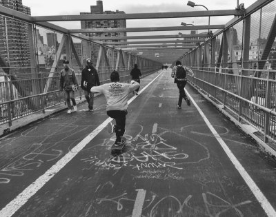 055/365 - Bombing the Williamsburg Bridge with the roommates - Manhattan, NY
