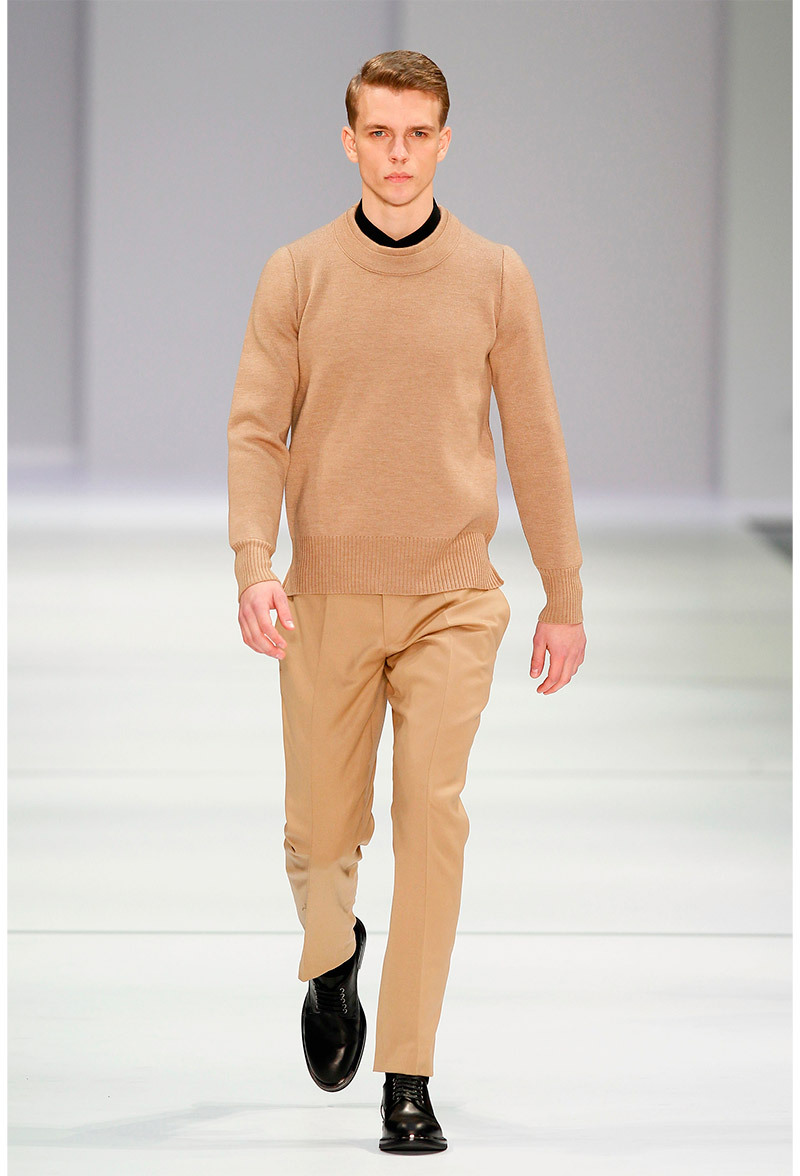 Hugo by Hugo Boss Otoño/Invierno 2013La estética minimalista._____________Hugo by Hugo Boss Fall/Winter 2013The minimalist aesthetic.