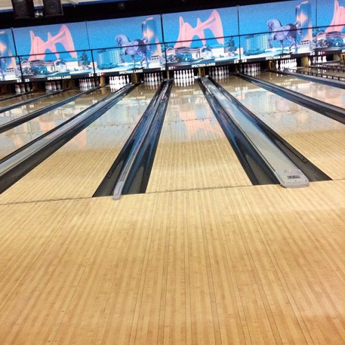 skateboarderforlife:  #bowling#woodys