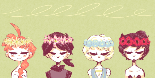 sailorleo:  flower crowns