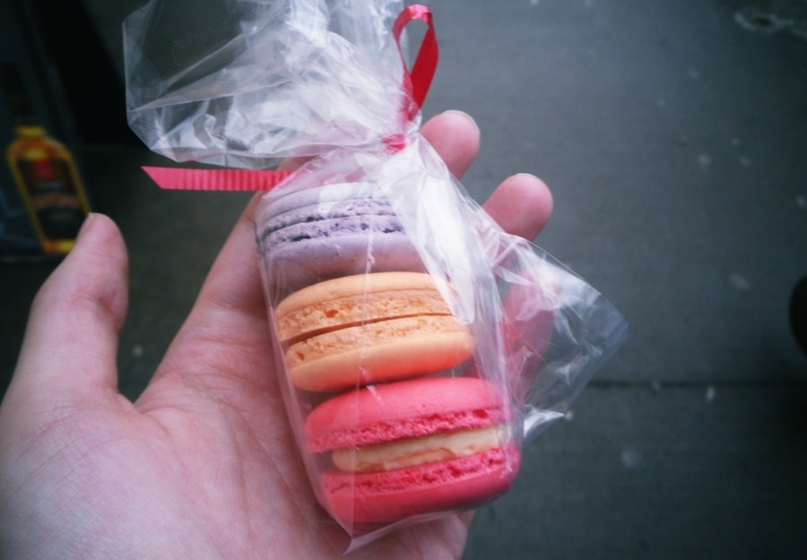 Dad treated me to macarons from Le French Fix during his weekend visit. Delicieux! Black currant, passion fruit, and rose. The rose was a specialty flavour for Valentine's Day, and is such a unique and delicious taste.