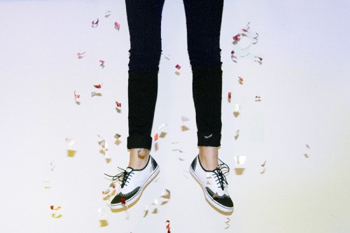 vansgirls:  Happy New Year!  For me, 2012 has definitely been the best year yet, and I have a feeling that 2013 will be even better.  Now that I'm on winter vacation, I've been watching a lot of Netflix and… that's about it.  Being away from school for a bit is quite nice.  My Extreme Skinny Jeans have been getting a lot of wear too.  The black rinse goes with anything and everything. -alyson