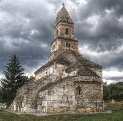 fleurdulys:  Densus Church, Hunedoara  (built in the 7th century with additions made in the 13th century) source: http://www.flickr.com/photos/28151660@N00/6052745538/in/set-72157627329862739/