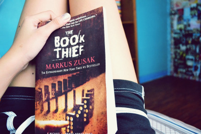 bookish-thoughts:  The Book Thief (by Raizza Kanille)