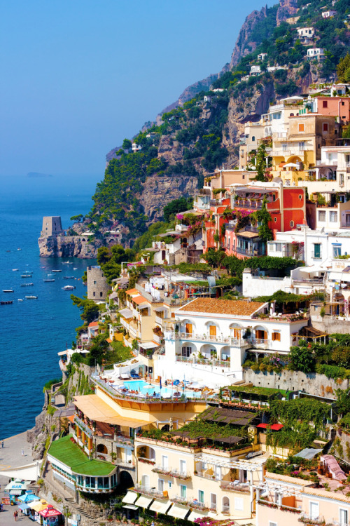 beautifulkink:  hisprincessblueeyes:  ~ Positano, Italy   Lets go!