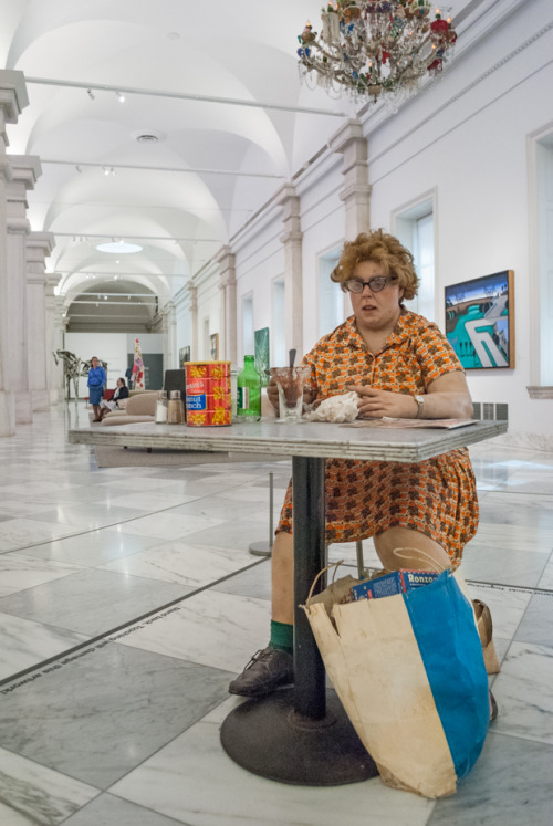 Woman Eating by Duane Hanson.