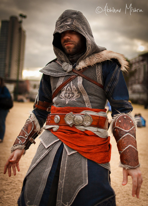 fuckyeahcreedcosplay:  Ezio Costume made by Fevereon Modeled by ?