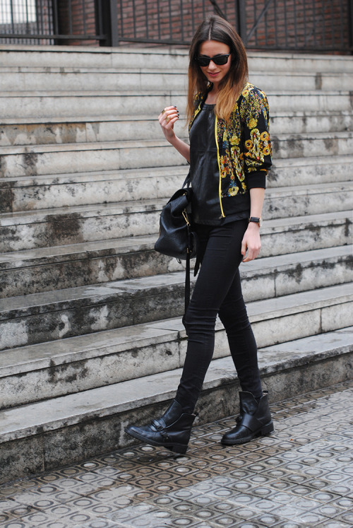the-streetstyle:  Please Stop the Rainvia fashionvibe