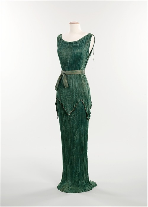 omgthatdress:  Dress Mariano Fortuny, 1930 The Metropolitan Museum of Art