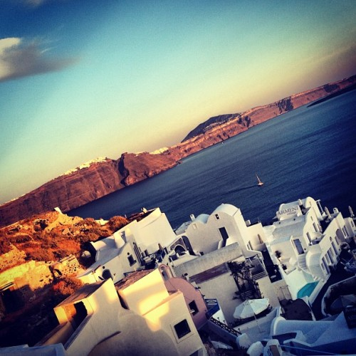 Beautiful #Santorini #Greece ❤ (at Οία (Oia))