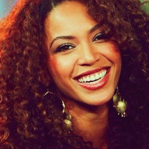 #12daysofbeyonce #day11 #favoritebeyoncefeature #her #beautiful #huge #bright #smile #gorgeous #myfavslays
