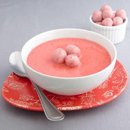 Chilled Strawberry Soup with Strawberry-Chocolate Sweet Rice Balls