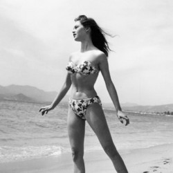 #icon #beauty #love #bathingsuit #retro #vintage. Inspiration. Beauty.