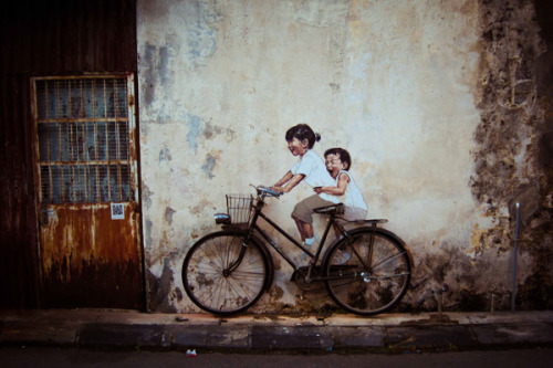 bonadimonster:   por Ernest Zacharevic