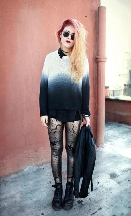 Look who we spied in MG… the amazing blogger Lua looks amazing in our Dorris dip dye knit! xox