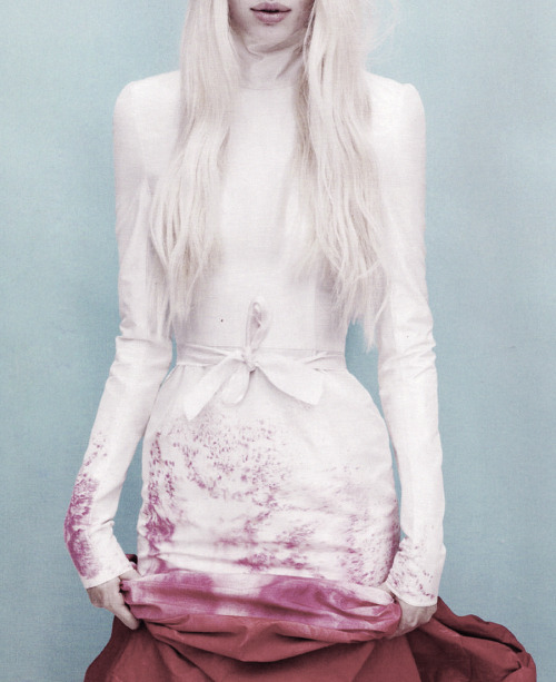 romanticnaturalism:  'Super Natural' - Daphne Groeneveld wears a Giles dress made especially for LOVE photographed by Mert & Marcus for the magazine's Fall 2011 issue